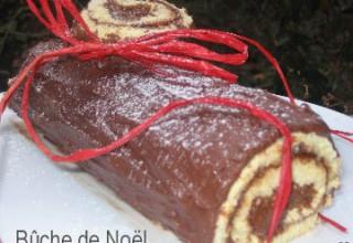 Bûche de Noël au chocolat et au praliné feuilleté