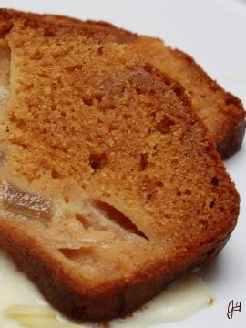 Gâteau caramélo-poires