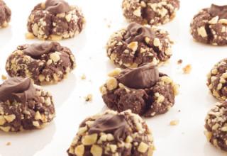 Thumbprint Cookies au chocolat et à la noisette